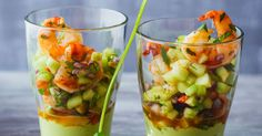 Spicy shrimp on avocado cream - - Would you like to spoil yourself with culinary delights? Then you have come to the right place: Whether as a fine starter or as a snack in between, here comes the pleasure … Spicy shrimp on avocado cream yellowgirl Healthy Appetizers, Appetizer Recipes, Healthy Snacks, Healthy Recipes, Party Finger Foods, Party Snacks, Shrimp Recipes, Fish Recipes, Snacks Recipes