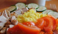 Večer natrite a konečne sa dobre vyspíte: Zázračná masť na boľavé kolená, ten recept mi poradila mama! | Báječné Ženy Cobb Salad, Mashed Potatoes, Zucchini, Grains, Rice, Vegetables, Ethnic Recipes, Food, Funguje To