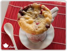 Mug cake à la ricotta et aux fruits rouges - Ricotta and red berries mug cake