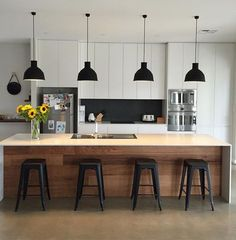 15 Smart Kitchen Decorating Ideas - All For Decoration Kitchen Lamps, Diy Kitchen Island, Smart Kitchen, New Kitchen, Kitchen Dining, Kitchen Ideas, Kitchen Wood, Awesome Kitchen, Dining Rooms