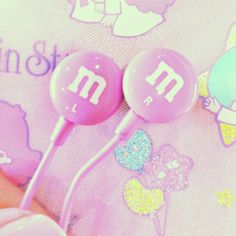 Image discovered by Kotoko Yaeko. Find images and videos about kawaii, m&m's and pink on We Heart It - the app to get lost in what you love. Kawaii Accessories, Iphone Accessories, Cute Headphones, Over Ear Headphones, Tumblr Quality, Just Girly Things, Birthday List, Cool Items, Pink Ladies