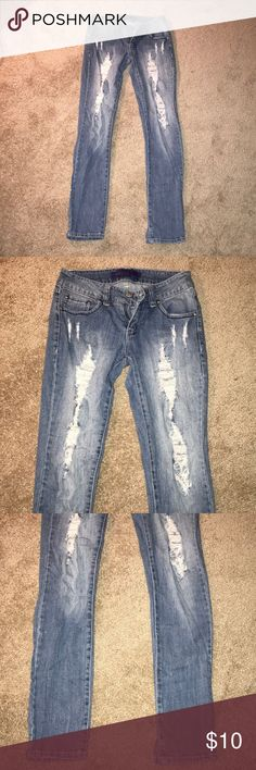 RIPPED JEANS SIZE 5! Miley Cyrus size 5 ripped jeans great condition Miley Cyrus & Max Azria Jeans Straight Leg