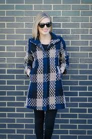 Výsledok vyhľadávania obrázkov pre dopyt how to wear an oversized coat with 3/4 sleeves