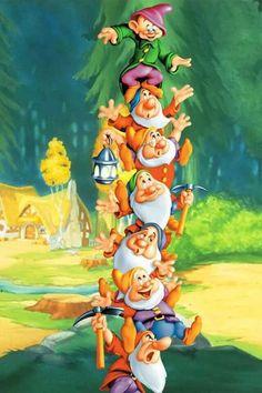 7 dwarves Disney Amor, Art Disney, Film Disney, Disney Images, Disney Pictures, Disney Movies, Disney Pixar, Disney Princess Snow White, Snow White Disney