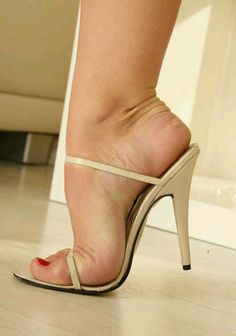 Nude strappy mules and great feet