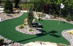Home-Dzine - Putting greens and mini golf in your garden!