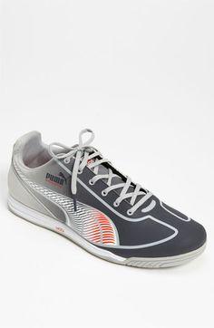 ALEX: Casual Shoes. Size 10. Alex prefers Pumas or New Balance.  (Men's Puma Speed Star Fade)