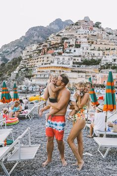 Positano Dreams – Barefoot Blonde by Amber Fillerup Clark family photos can be fun and cherished for a lifetime Cute Family, Baby Family, Family Goals, Family Guy, Beautiful Family, Family First, Couple Travel, Family Travel, Positano