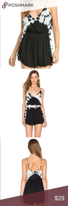 Amuse Society Sundaze Tie Dye Romper M SO CUTE! 🖤 Work only a few times, no rips, holes, odors, discoloration. Perfect as a beach cover up! Baggy and very lightweight! Size medium! Works great for taller girls too. Similar style to blue life, sold at Nordstrom. CHEAPER thru e bay : username kombinat8 Amuse Society Swim Coverups