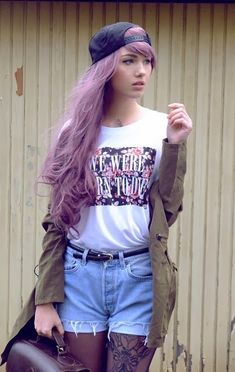 FUCK YEAH COLORED HAIR ♥ – ♚ Lilac long hair girl