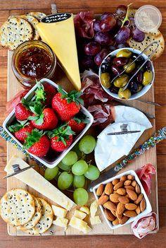 Echt een kaasplank voor iedereen, zoet, zout, kaas, fruit