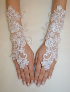 Off white Wedding gloves bridal gloves gloves by newgloves on Etsy, $30.00