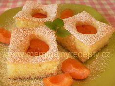 Bublanina Slovak Recipes, Czech Recipes, Pineapple, Sweet Tooth, Peach, Candy, Baking, Fruit, Czech Food