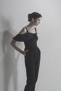 Crane of CURVE Fashion Portfolio, Fall Winter 2015, Crane, Ready To Wear, Jumpsuit, Normcore, How To Wear, Black, Dresses
