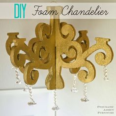 Make your own DIY chandelier using inexpensive craft styrofoam sheets Cardboard Chandelier, Paper Chandelier, Chandelier Ideas, Wooden Chandelier, Chandelier Centerpiece, Chandelier Makeover, Centerpieces, Styrofoam Crafts, Craft Foam