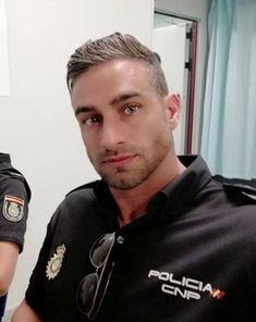 30 Nice Military Haircut Style 13 Men S Military Haircut Styles Standart Regulations High and, Awesome Military Haircuts for Men Haircut Military Haircuts Men, Military Men, Haircuts For Men, Cleft Chin, Hot Cops, Cool Hairstyles For Men, Boy Face, Hommes Sexy, Thing 1