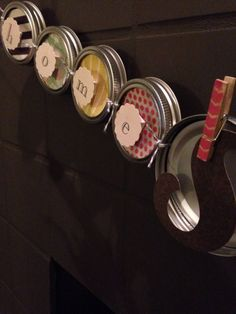 How to Make Mason Jar Lid Banner