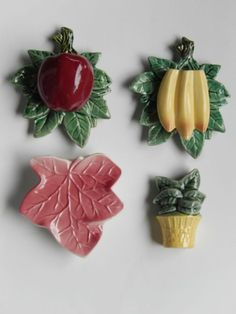 Vintage Antique McCoy Pottery Wall Pockets Banana Apple Fruit Estate lot