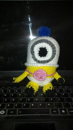 Amigurumi Baby Minion.