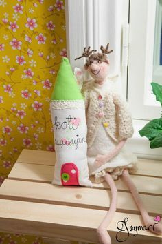 A house I made in Joymari's home ♥ Christmas Stockings, Holiday Decor, Friends, House, Home Decor, Needlepoint Christmas Stockings, Amigos, Decoration Home, Home
