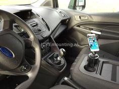 Emounting klanten - iPhone in bekerhouder Ford Transit - Emounting.nl flexibele en verwijderbare RAM Mount cupholder met X-Grip voor de bevestiging van onze iPhone.