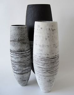 Gabriele Koch – Just another WordPress site Pottery Vase, Ceramic Pottery, Earthenware, Stoneware, Carillons Diy, Keramik Design, Coil Pots, Clay Vase, Black Clay