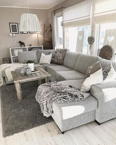 Minimalist living room is totally important for your home. Because in the living room every the undertakings will starts in your beautiful home. locatethe elegance and crisp straight Minimalist Gray Living Room. evaluate more upon our site. #Livingroom #MinimalistLivingRoom #FrenchMinimalistLivingRoom #MinimalistDesignForSmallLivingRoom