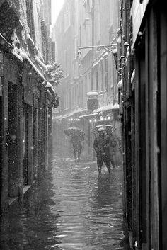Neve e Alta Marea a Venezia