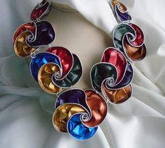 upcycled collier Vortex collier de couleurs capsules par ripaSsi