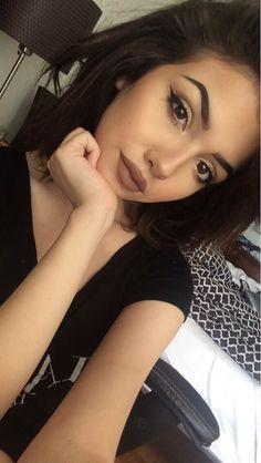 What would I look like with brown lipstick? Oh. Just like this girl. That'll do