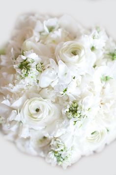 white flower bouget