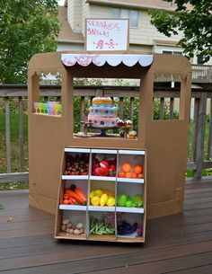 """A fun summer activity.make DIY cardboard toys! An out of the """"cardboard"""" box experience! Kids Crafts, Projects For Kids, Diy For Kids, Diy Projects, Eco Kids, Beach Crafts, Jar Crafts, Cardboard Box Crafts, Cardboard Toys"""