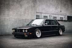 "StanceWorks Wallpaper - Riley Stair's BMW E28 ""540i"" - Stance Works"