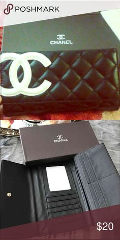Fashion wallet Black and white color!!  Inspired in cc Bags Clutches & Wristlets