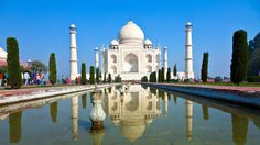 Most tourists visiting India make it a point to take a trip to the #TajMahal