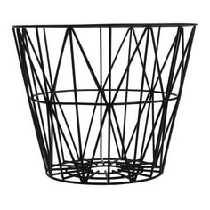 Wire Basket Medium made by ferm Living, the versatile storage basket and bin, now available in the interior design shop! Black Wire Basket, Moderne Couch, Design Tisch, Design Bestseller, Iron Wire, Large Baskets, Modern Baskets, Decorative Baskets, Basket Decoration