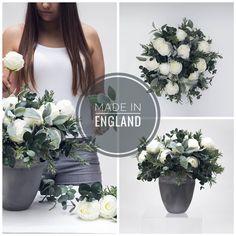 Proud to be made in England 🇬🇧They are beautifully handmade in our London Studio by our expert floral designers. #bespoke #hamdmade #custommade #londonstudio #madeinengland #madeinbritain #proudtobebritish #madeintheuk #luxurylondon #londonmade #proudtobe #proudtobeenglish #proudlondoner
