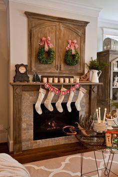 Simple. Natural. Easy Christmas Decor - Cedar Hill Farmhouse
