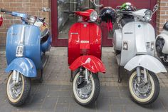 Honda Motorbikes, Vespa 50, Pops Concert, E Scooter, Motor Scooters, Hd Photos, Germany, Death, Motorcycle