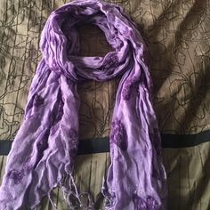 Purple scarf w/ butterfly pattern Purple scarf. I'll give this for free if you buy it in a bundle with at least one item that's $10 or more as a gift :) Accessories Scarves & Wraps