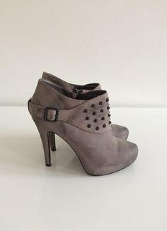 Kaufe meinen Artikel bei #Kleiderkreisel http://www.kleiderkreisel.de/damenschuhe/hohe-schuhe/100903302-graue-ash-highheels