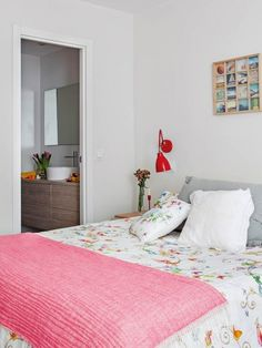 Un apartament primeste o excelenta reamenajare, cu multa lumina naturala- Inspiratie in amenajarea casei - www.povesteacasei.ro