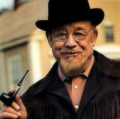 Burl Ives singing his well known - Big Rock Candy Mountain. The song originally appeared on his 1950 album, Ballads Folk and Country Songs. People Smoking, Man Smoking, Rock Candy Mountain, Tobacco Pipe Smoking, Tobacco Pipes, Pipes And Cigars, Up In Smoke, Big Daddy, We The People