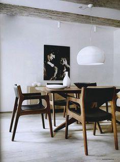https://fbcdn-sphotos-g-a.akamaihd.net/hphotos-ak-snc7/298771_350438848377873_1661550828_n.jpg  where can I get these chairs?
