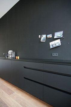 9 Far-Sighted Tips: Minimalist Home Diy Wall Decor minimalist interior white beds.Minimalist Home Style Modern minimalist decor bathroom small spaces.Minimalist Home Style Modern. Minimalist Kitchen, Minimalist Interior, Minimalist Bedroom, Minimalist Decor, Modern Minimalist, Minimalist Living, Interior Desing, Interior Design Kitchen, Home Design