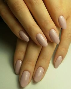 This series deals with many common and very painful conditions, which can spoil the appearance of your nails. SPLIT NAILS What is it about ? Nails are composed of several… Continue Reading → My Nails, Hair And Nails, Dark Nails, Diy Nail Designs, Acrylic Nail Designs Classy, Classy Nails, Simple Nails, Super Nails, Nagel Gel