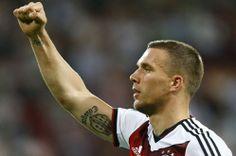 Lukas Podolski cho rằng ĐT Đức sẽ gặp nhiều khó khăn ở vòng bảng http://ole.vn/world-cup-2014.html,http://ole.vn/chuyen-nhuong.html,http://bongdaole.tumblr.com/