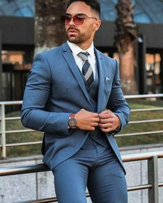 Mens Fashion Suits, Mens Suits, Fashion Outfits, Gay Costume, Men In Tight Pants, Scruffy Men, Hunks Men, Looking Dapper, Stylish Mens Outfits