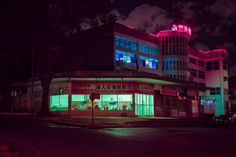 Colorful Night Neon Lights of South Africa – Fubiz Media