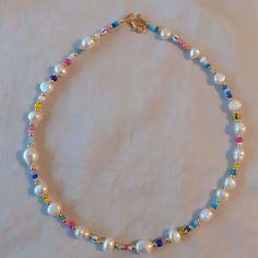 Diy Jewelry Necklace, Seed Bead Necklace, Bead Jewellery, Cute Jewelry, Beaded Jewelry, Jewelry Accessories, Beaded Bracelets, Necklace Ideas, Beaded Choker